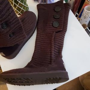 NWOT UGGS Size 7